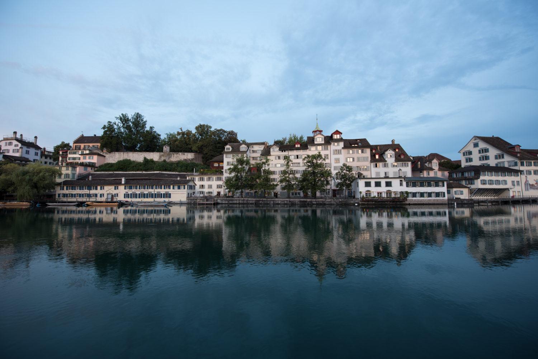 Altstadt, Europa, Kanton Zürich, Limmat, Nordostschweiz, Schweiz, Zürich, _THEMES, architecture, architektur, cityscape, daytimes, morgen, morning, reflection, spiegelung, stadtbild, tageszeiten